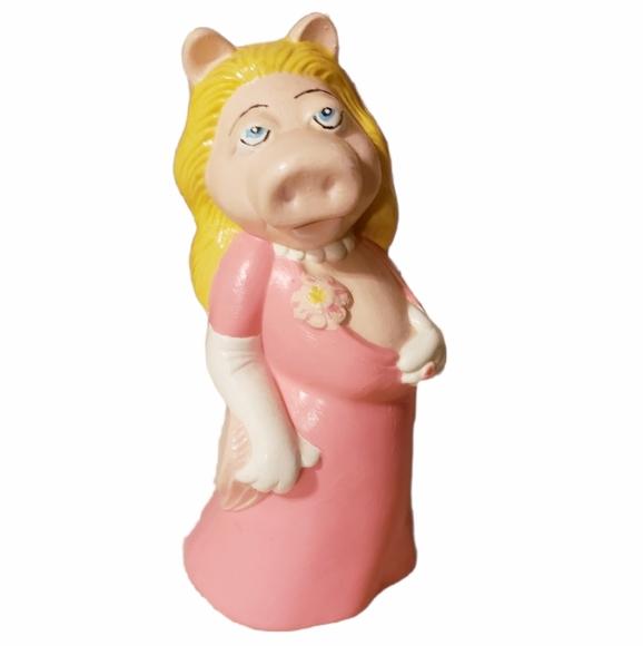 B2G1 Handpainted Suggestive Miss Piggy Figurine